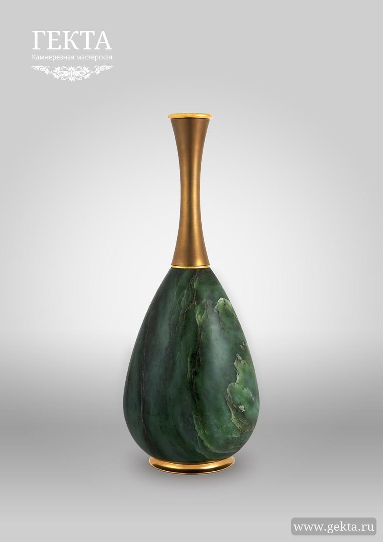 ваза из нефрита